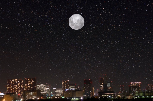 都会の夜空