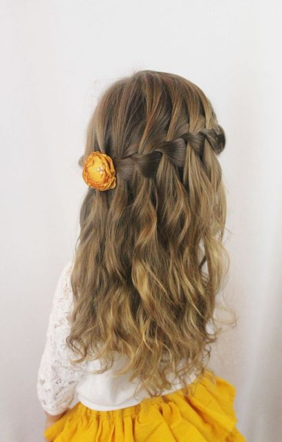 8 Easy Little Girl Hairstyles