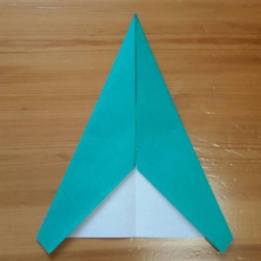 飛行機 の 折り紙 の 作り方
